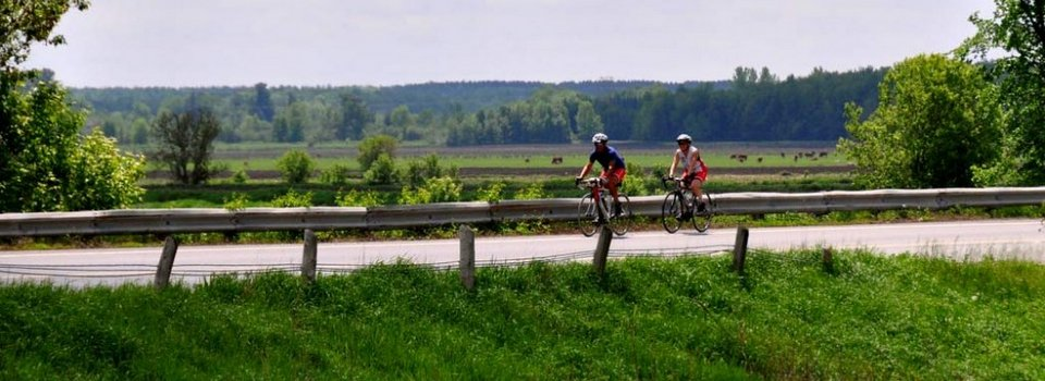 Cycling Ottawa to Montreal (TourzPlus!)