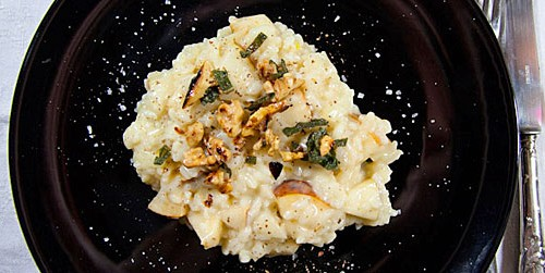 Risotto with pears, gorgonzola and walnuts