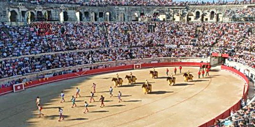 banner_bullfighters_nimes_lepost