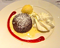 A welcoming dessert on the Cycling the Languedoc tour with ExperiencePlus