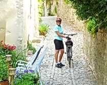 Another picturesque village in Provence with ExperiencePlus