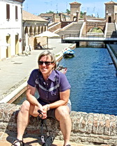 Tamsen relaxes in Chioggia before our boat to the islands