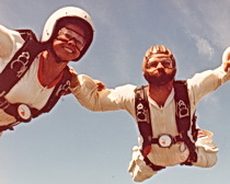 Shirely and Nino skydiving