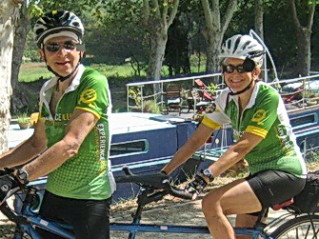 Jim and Sari on their ExperiencePlus! tandem in Spain