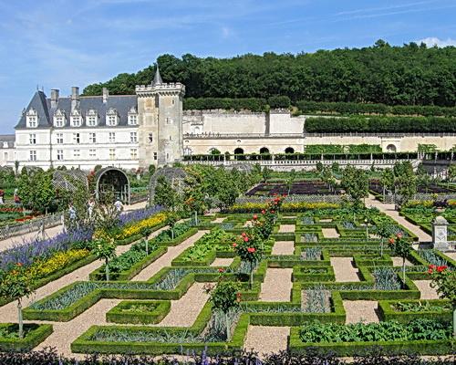 Chateau Villandy's gardens